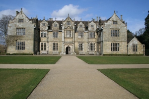 Wakehurst Place Manor House (c) Jane Risdon 2014