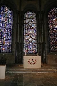 Altar (c) Jane Risdon
