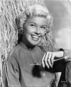 Doris Day1957 movie still - copyright unknow Public Domain.