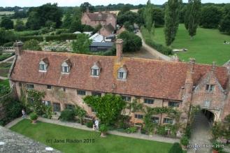 Sissinghurst Castle Gardens (c) Jane Risdon 2015