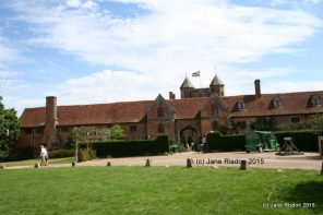 Sissinghurst Castle and Gardens (c) Jane Risdon 2015